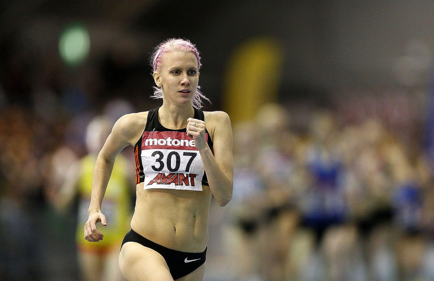 Sandra Eriksson sai juosta yksin, sillä soolojuoksu tiputti muut leikistä jo alkumetreillä.