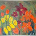 Katja Laakso-Leppänen tekee taidetta pastelliliiduilla ja öljyväreillä. Kuvan maalaus: Tulppaaneita tulvillaan. Kuva: Esa Urhonen