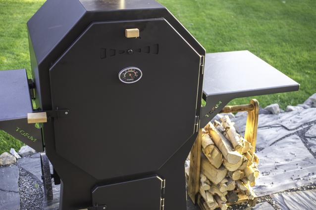 Torm Combi savustin-grilli lähikuvassa