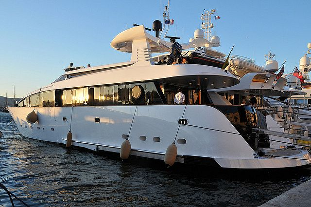 Yacht à Saint Tropez - © Citizen59​​​ / Flickr​