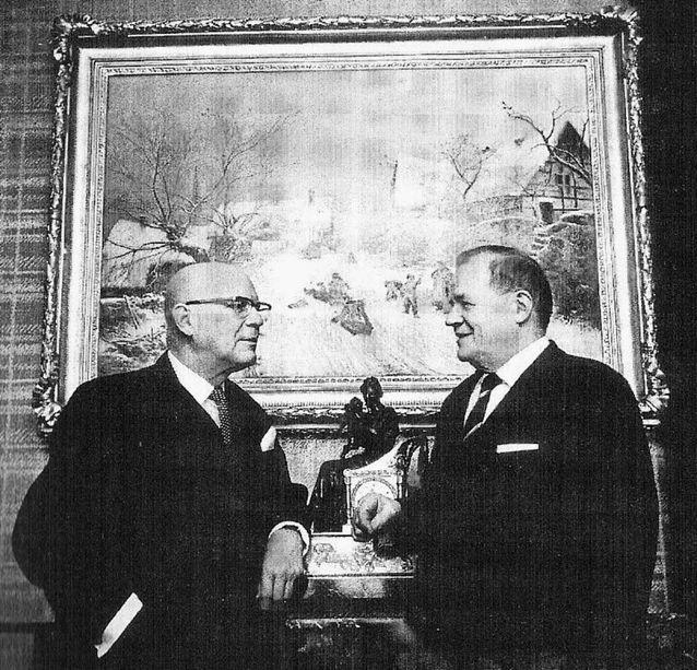 Kuningas ja kuninkaantekijä: Presidentti Urho Kekkonen ja akateemikko Kustaa Vilkuna. Kuva: WikimediaCommons.