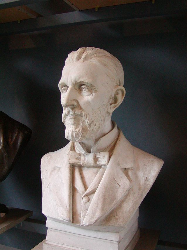 A bust of Otto Donner, sculpted by Walter Runeberg. Photo: WikimediaCommons.
