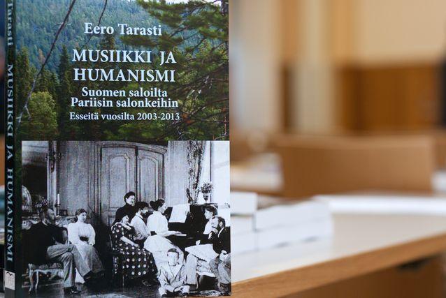 Kuvassa Eero Tarastin teos Musiikki ja humanismi. Kuva: Mika Federley.
