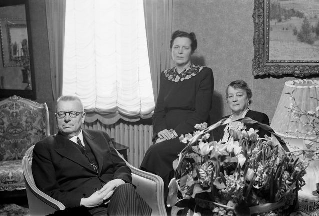 The newly-elected president of the Finnish Republic with his family. In front President Juho Kusti Paasikivi and Counsellor State Alli Paasikivi; centre the president's daughter, the architect Annikki Paasikivi. Helsinki March 9, 1946.​