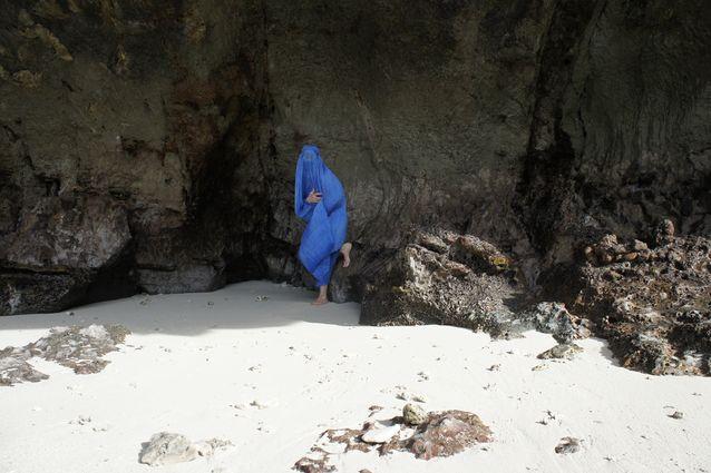 Rosa Liksom Kiinan meren saarella 2015.