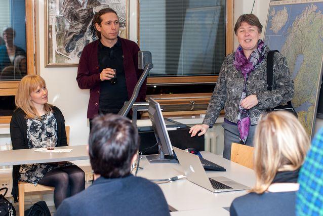 Professori Hanna Lehti-Eklund oppiaineen alumnitilaisuudessa vuonna 2013. Kuva: Mika Federley.