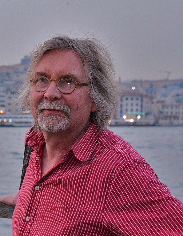 Juhani Lindholmin kotiarkisto.