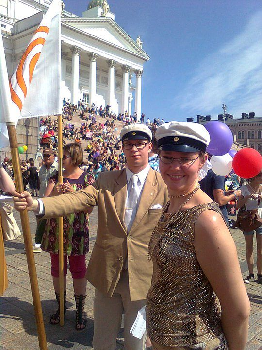HYY osallistui vuonna 2010 Helsinki Prideen. Kuvassa myös Risto Karinkanta. Kuva: Helsingin yliopiston ylioppilaskunta.