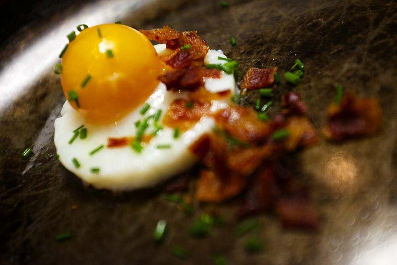 Muna-pekoni aamiainen á la Paista.fi