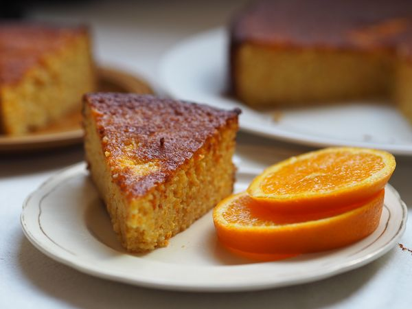 Blood Orange and Olive Oil cake with Almonds review from The New Vegetarian