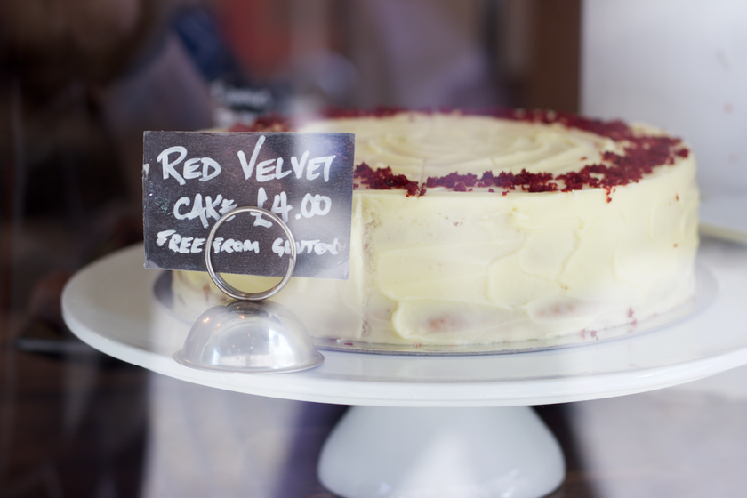 the good life eatery red velvet cake