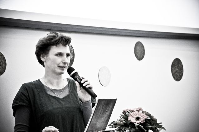 Jessica Parland-von Essen talar på Digitala spår-seminariet 2012. Foto: Thomas Silén, licens: CC-BY-NC 2.0.