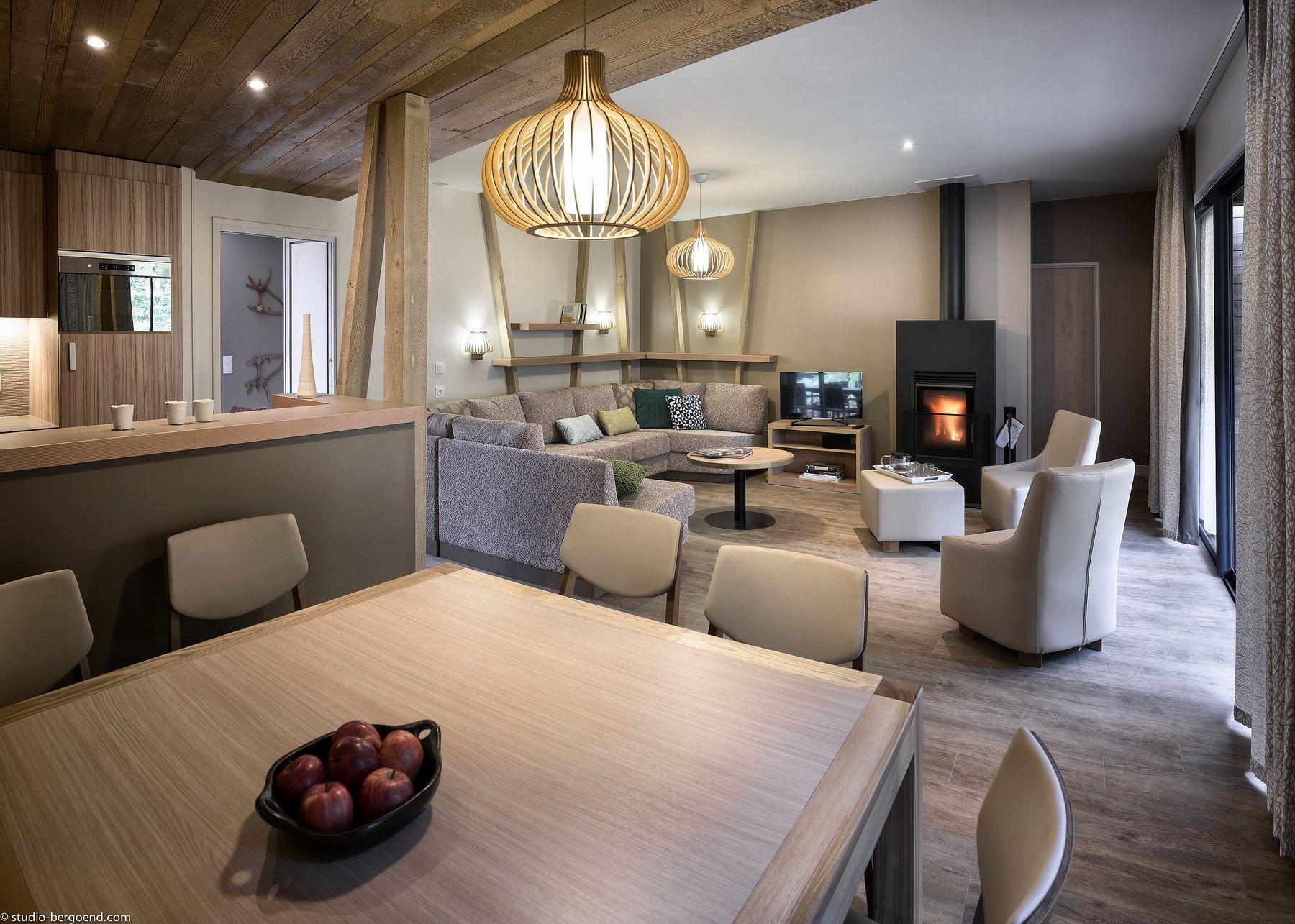 neue bilder ferienh user in le bois aux daims. Black Bedroom Furniture Sets. Home Design Ideas