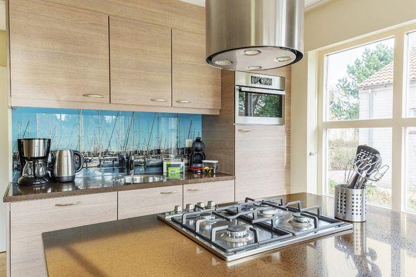 Küche im renovierten VIP-Ferienhaus
