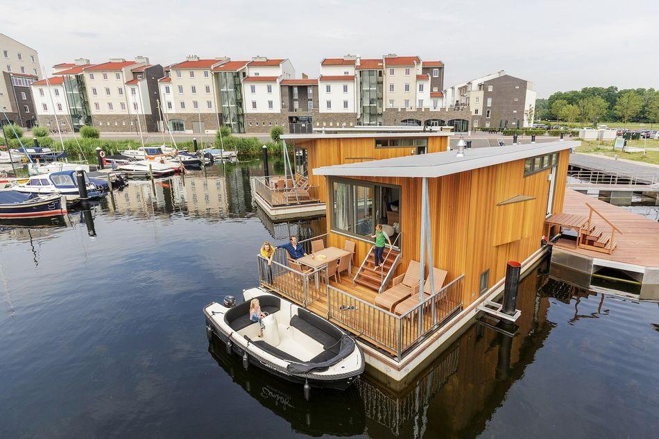 Neue Hausboote in De Eemhof