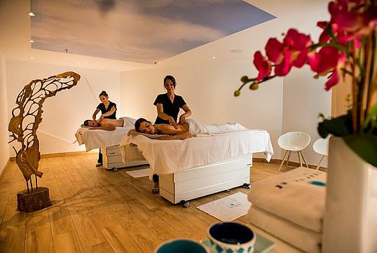 massage a deux