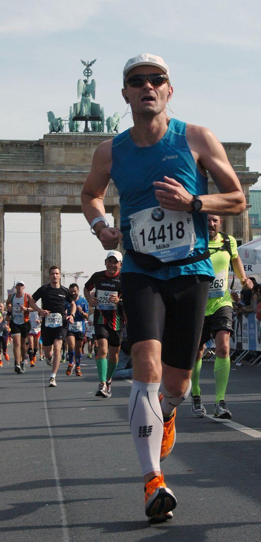 Mika Huovinen Berliinin maratonilla vuonna 2014. Kuva: Mika Huovisen arkisto.