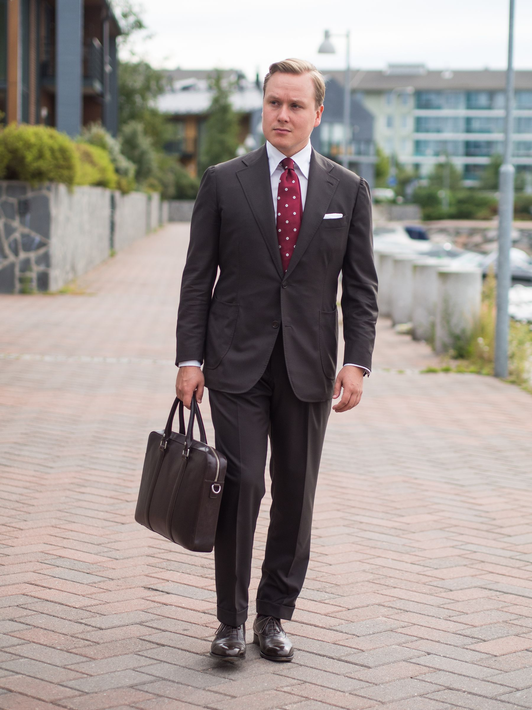 Dark Brown Business Suit for Four Seasons