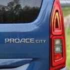 CITY-lisänimi erottaa pikkuveljen isommasta Proacesta.