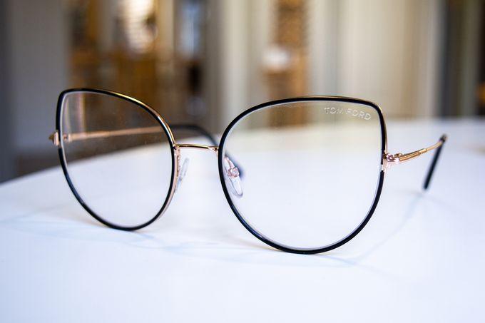Silmäoptikot Palmu, Tom Ford 5614-B 001 -silmälasit