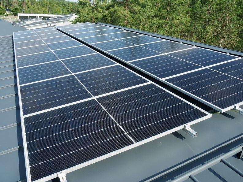 Aurinkopaneelit, Rauman Energia