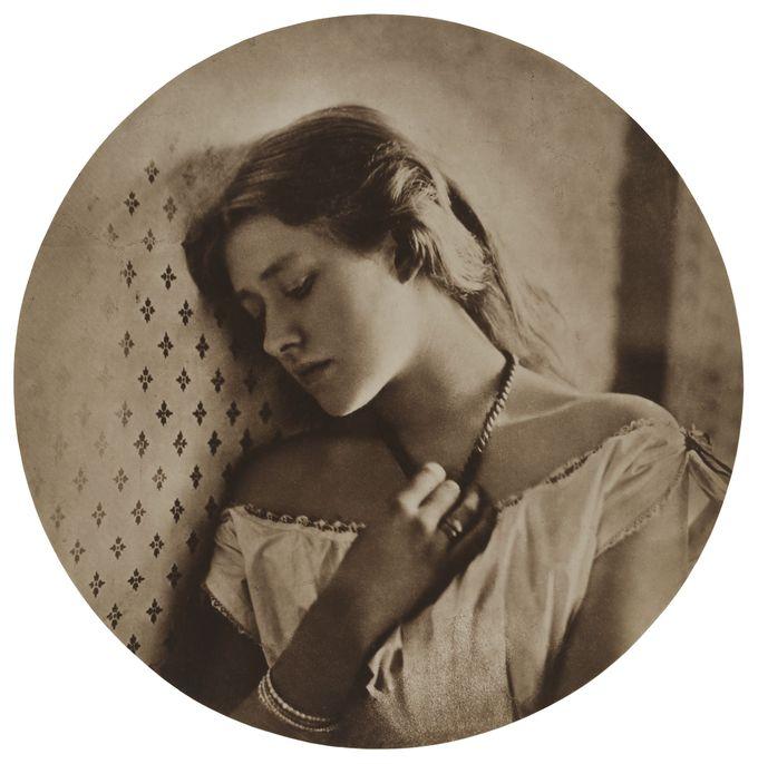 Julia Margaret Cameron, Sadness (Ellen Terry), 1864. Image © Victoria and Albert Museum, London