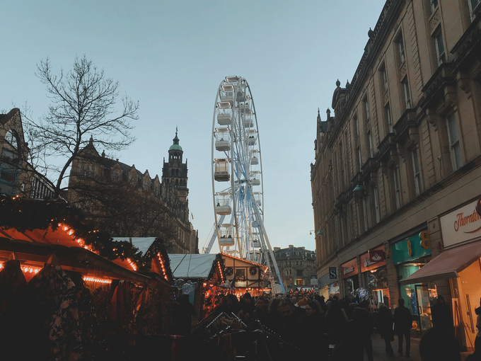 Grab your Christmas bargains as the city stays open for longer this festive period.