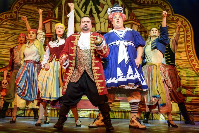Shaun Williamson, Damian Williams and the cast of Peter Pan. Photo by Robert Day-min