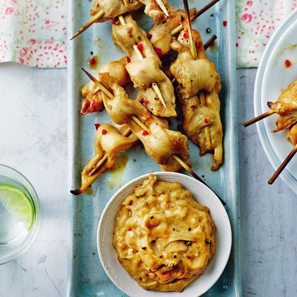 Chicken satay skewers the happy foodie a recipe from annabel karmel these satay chicken skewers are a real crowdpleaser they only take minutes to create and come with an irresistible dipping forumfinder Images