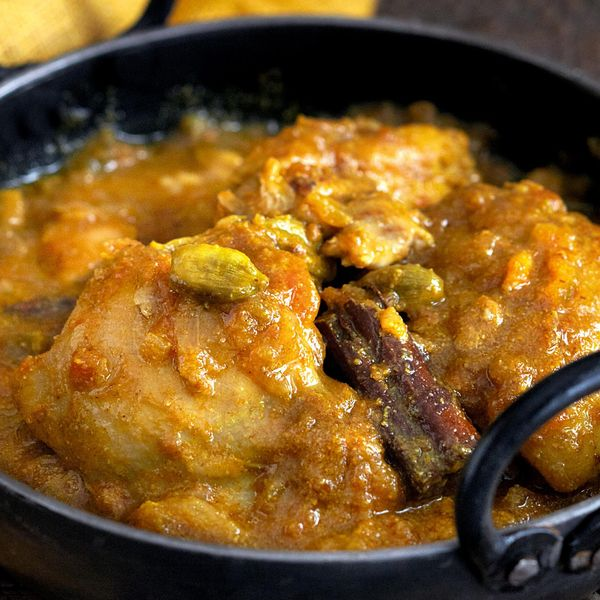 Chicken Curry with Cardamom - The Happy Foodie