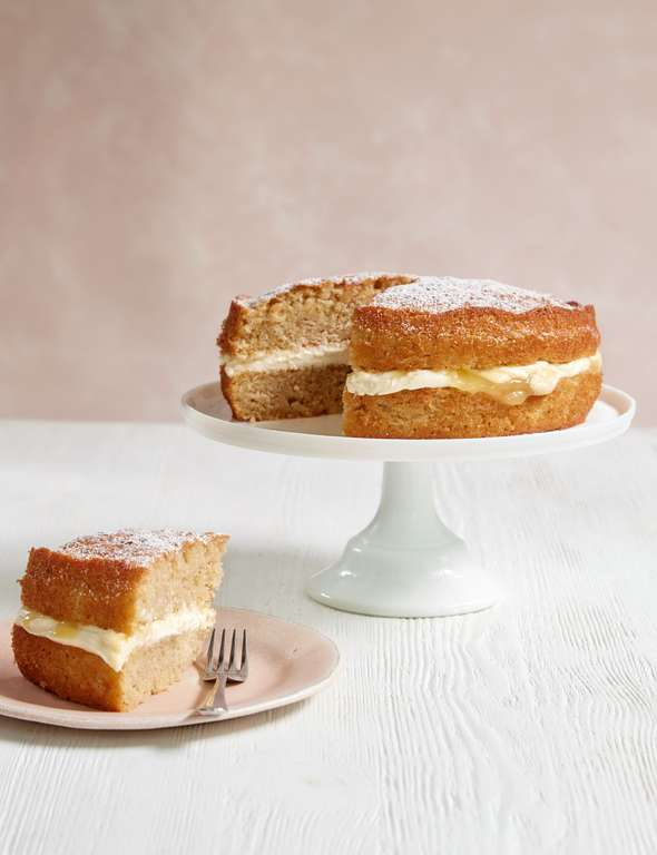 Mary Berry's Apple and Lemon Sandwich Cake
