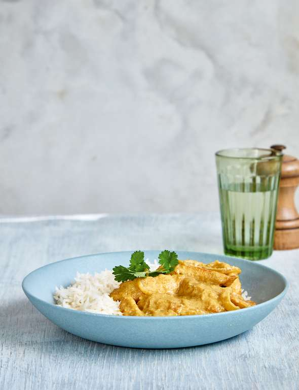 Mary Berry's Korma-Style Chicken Curry