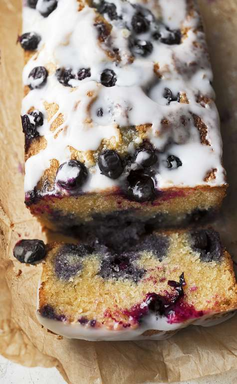 Blueberry, Almond and Lemon Cake