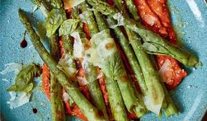 Green Asparagus, Romesco and Idiazabal Cheese