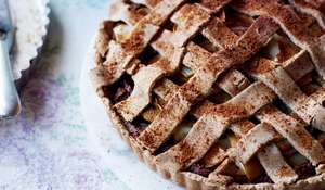 Nut-free Apple Pie from Livia's Kitchen