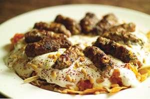 Kofte Kebab with Tomato Sauce and Yoghurt (Yoğurtlu Köfte Kebabi)