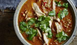 Spicy & Aromatic Chicken and Peanut Thai Red Curry Recipe