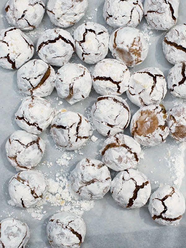 Last minute edible Christmas gifts Amaretti Biscuits from Baking School: The Bread Ahead Cookbook by Justin Gellatly, Matthew Jones & Louise Gellatly