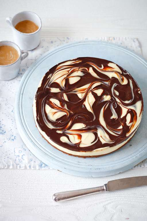 Chilled Marbled Chocolate Cheesecake