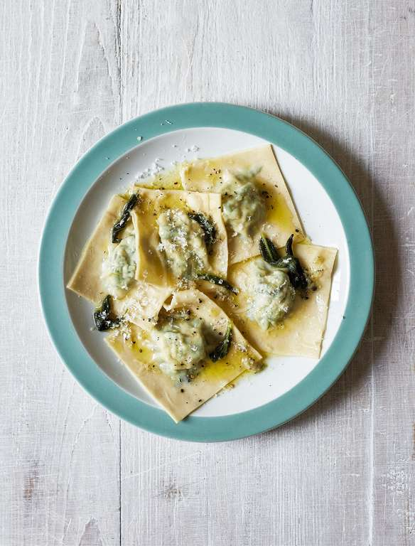 Spinach and Ricotta Ravioli with Sage Butter