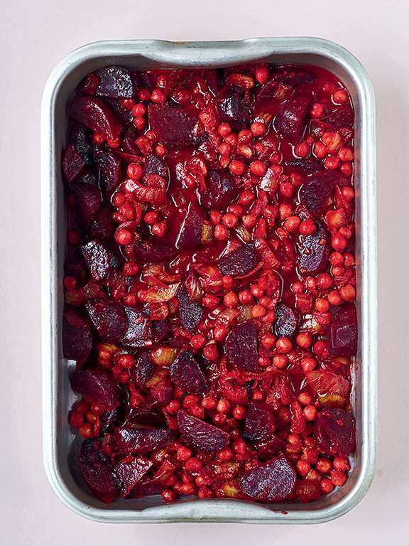 Beetroot, Chickpea and Coconut Curry