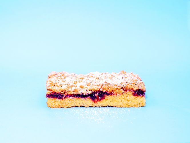 Blueberry Shortbread Bars from The Lunchbox Book