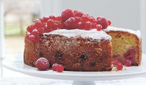 Frosted Raspberry and Redcurrant Cake