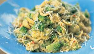 Jamie Oliver's Broccoli and Anchovy Orecchiette Recipe