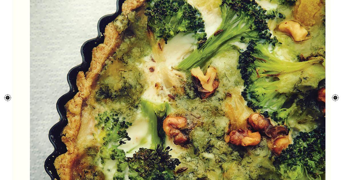 Broccoli And Gorgonzola Quiche The Happy Foodie