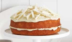 Cardamom Sponge with White Chocolate Icing