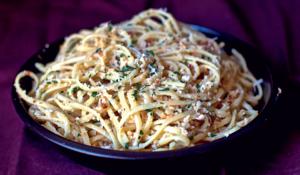 Linguine with Cauliflower Pesto