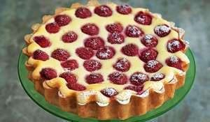 Twice-baked Raspberry Ricotta Cheesecake with a Thyme Crust