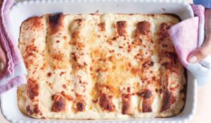 Classic Pancakes Stuffed with Spinach and Ricotta (Panzerotti Tradizionali)