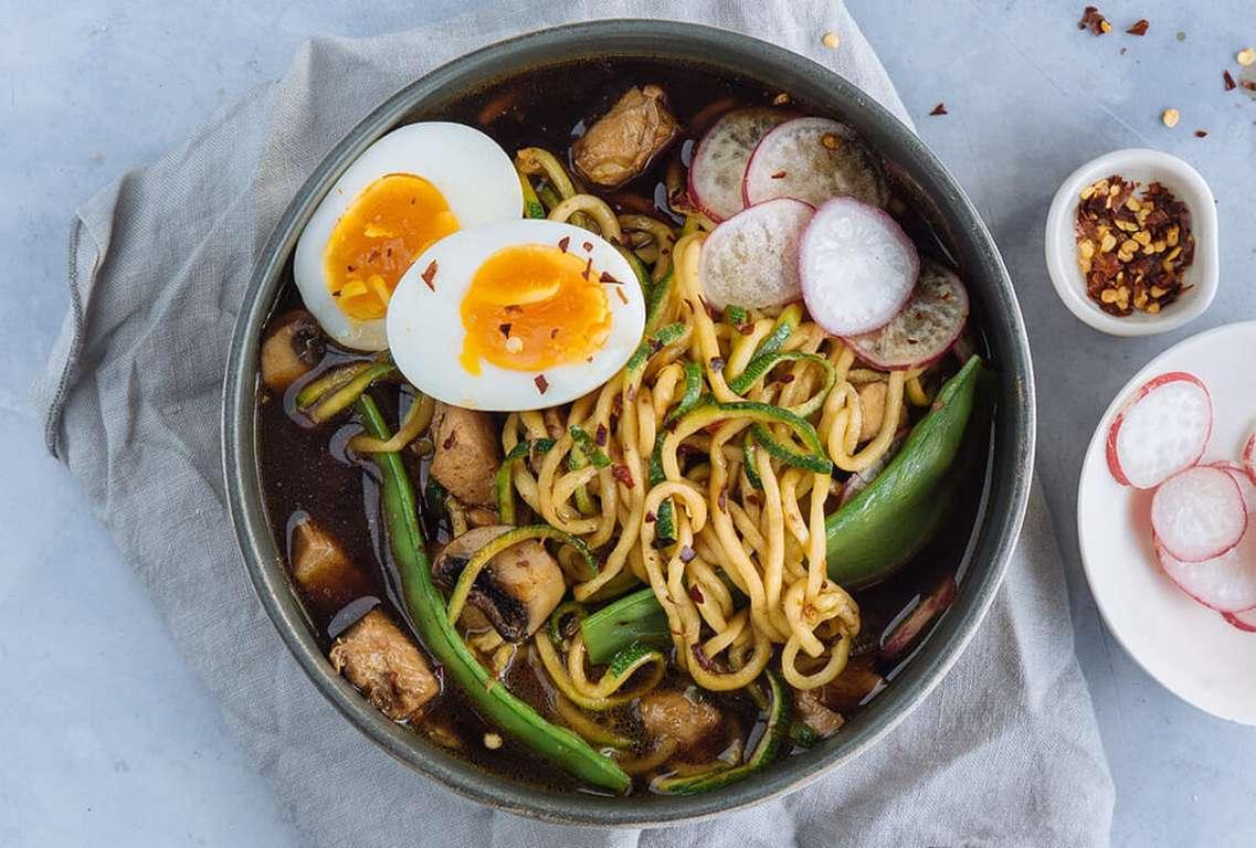 Chicken, mangetout & courgetti miso ramen